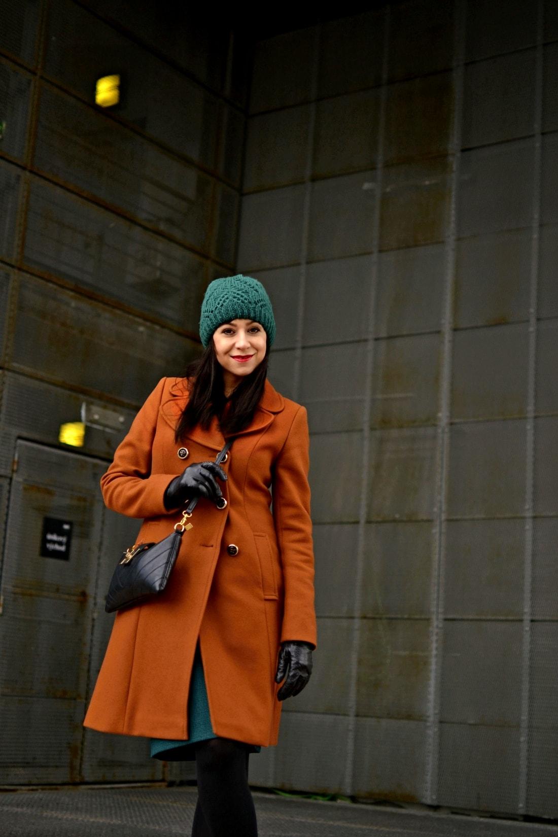 katharine-fashion-is-beautiful-blog-sukna-outfit-3