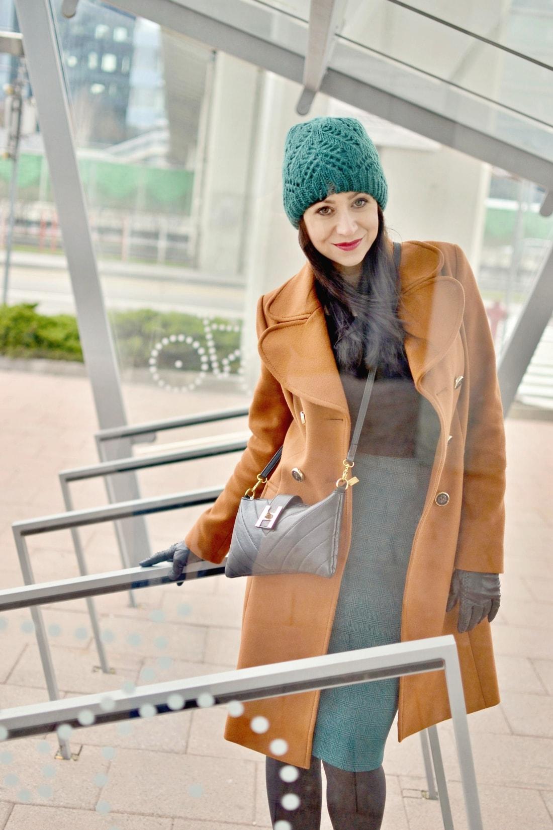 katharine-fashion-is-beautiful-blog-sukna-outfit-5