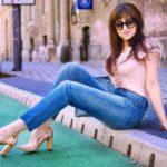 5 rád ako sa nezblázniť z nepadnúcich džínsov_Katharine-fashion is beautiful blog 1_Džínsy Levis_Ružový top_Katarína Jakubčová_Fashion blogger