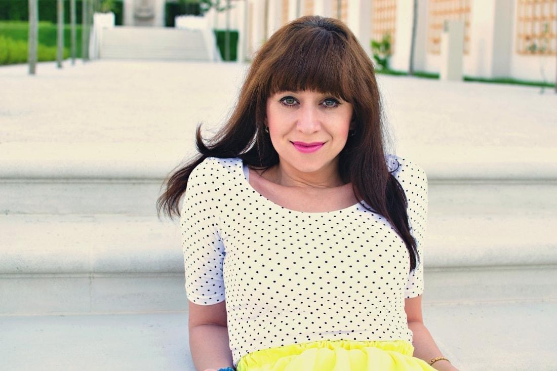 Vždy najlepšie_Katharine-fashion is beautiful blog 5_Dots_Bodky_Vzorované lodičky_Žltá sukňa_Katarína Jakubčová_Fashion blogger