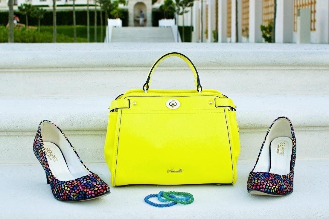 Vždy najlepšie_Katharine-fashion is beautiful blog 7_Dots_Bodky_Vzorované lodičky_Žltá sukňa_Katarína Jakubčová_Fashion blogger