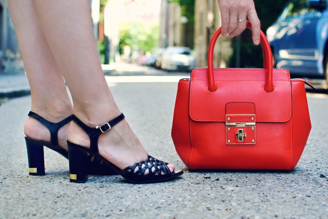 Best accessory_Katharine-fashion is beautiful blog 3_Oranžová kabelka JEJ_Modrá sukňa_Katarína Jakubčová