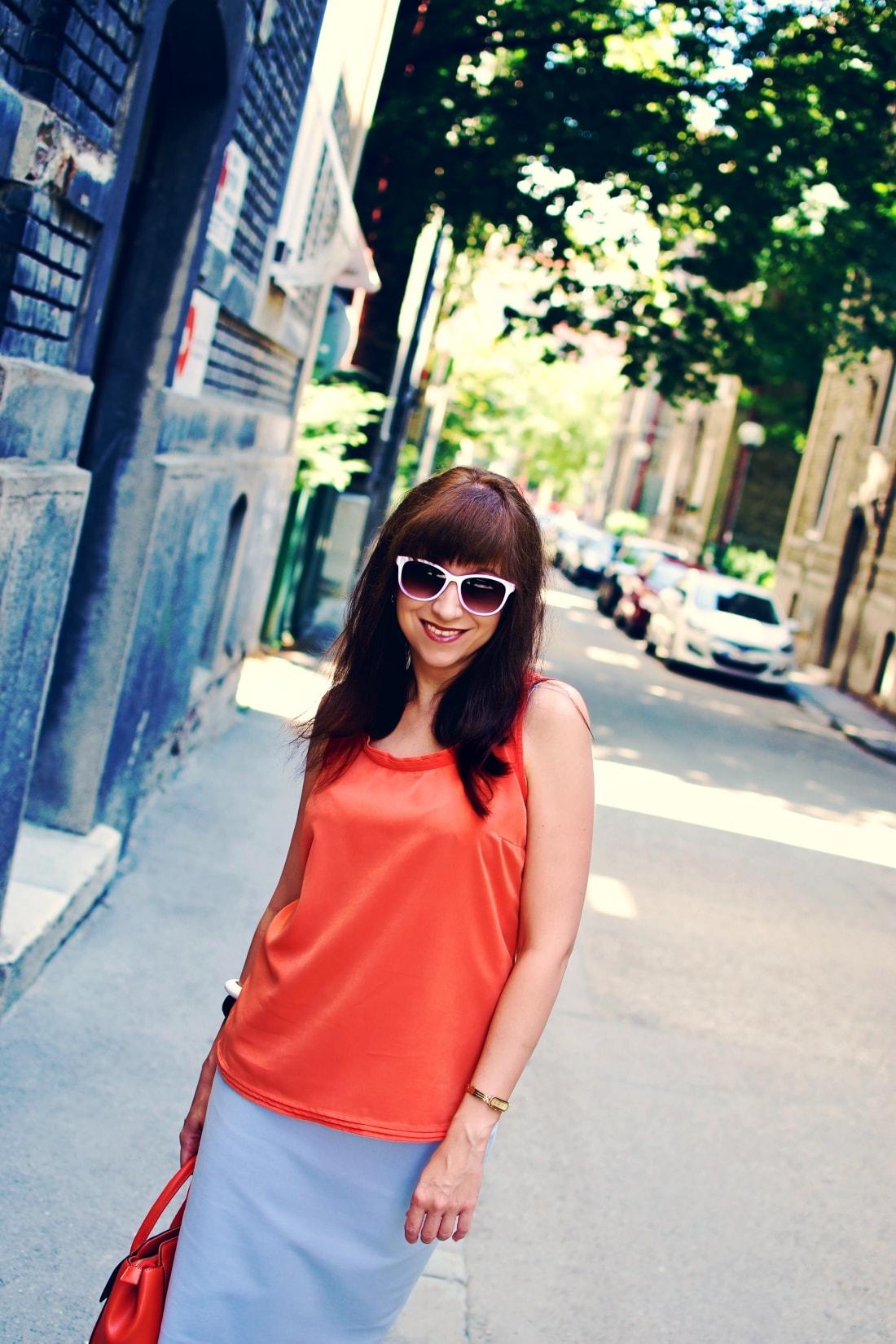 Best accessory_Katharine-fashion is beautiful blog 6_Oranžová kabelka JEJ_Modrá sukňa_Katarína Jakubčová