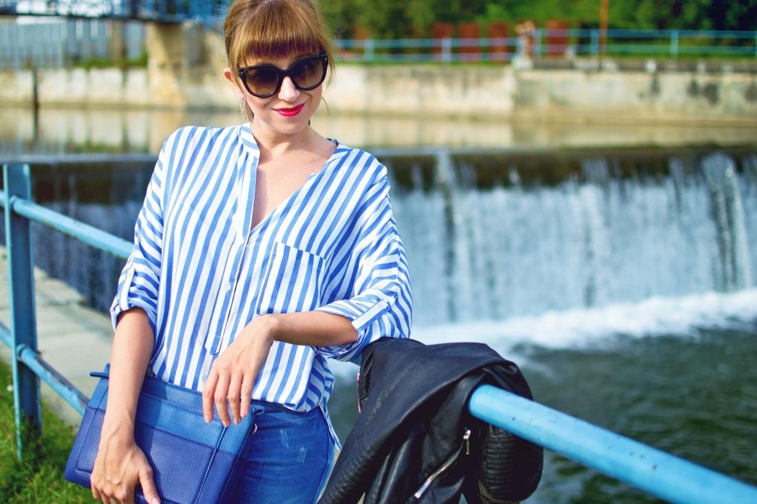 Move, move, move_Katharine-fashion is beautiful_3_Blog_Kožená bunda_Roztrhané džínsy_Prúžkovaná blúzka_Kabelka Parfois_Katarína Jakubčová_Fashion blogger