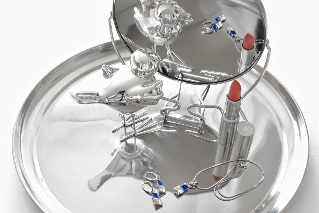 Cap-a-pie_Katharine-fashion is beautiful_blog 2_Modré šaty Fashion Guide_Šperky od Klenoty Hematit_Papuče_Rúž Bell Cosmetics_Katarína Jakubčová