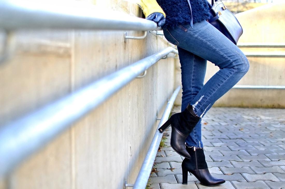 IRRESISTIBLE ME_Katharine-fashion is beautiful_blog 5_hair extension_irresistible me_beauty_Modrá kožušinová vesta_Katarína Jakubčová_Fashion blogger