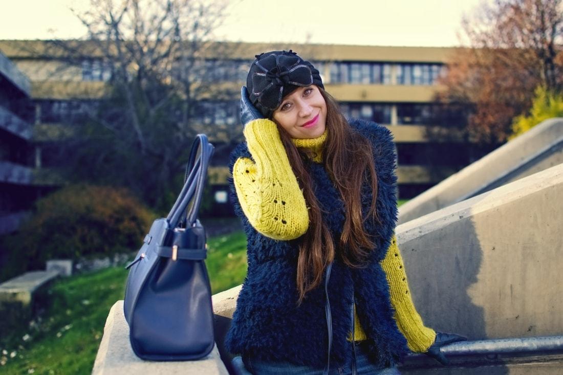 IRRESISTIBLE ME_Katharine-fashion is beautiful_blog 6_hair extension_irresistible me_beauty_Modrá kožušinová vesta_Katarína Jakubčová_Fashion blogger
