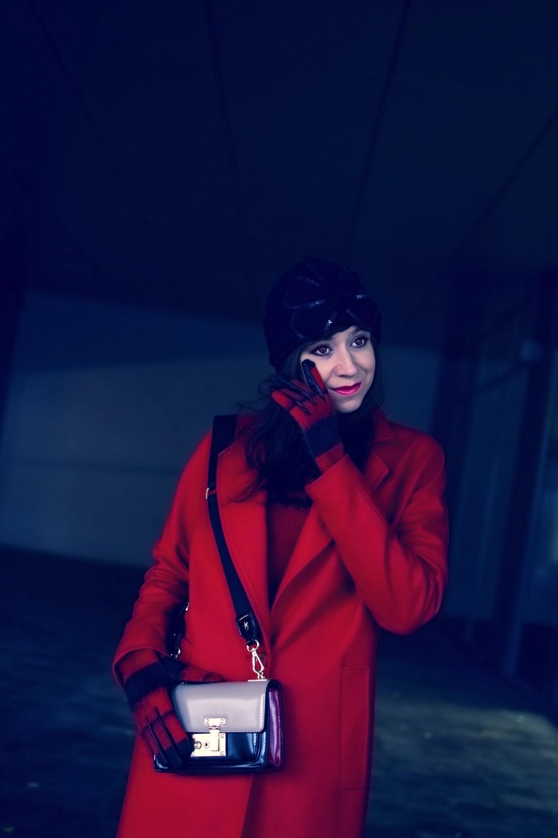 Prajem vám_Katharine-fashion is beautiful_Červený kabát Zara_Červený vzorovaný sveter More&More_Vianoce_Katarína Jakubčová_Fashion blogger