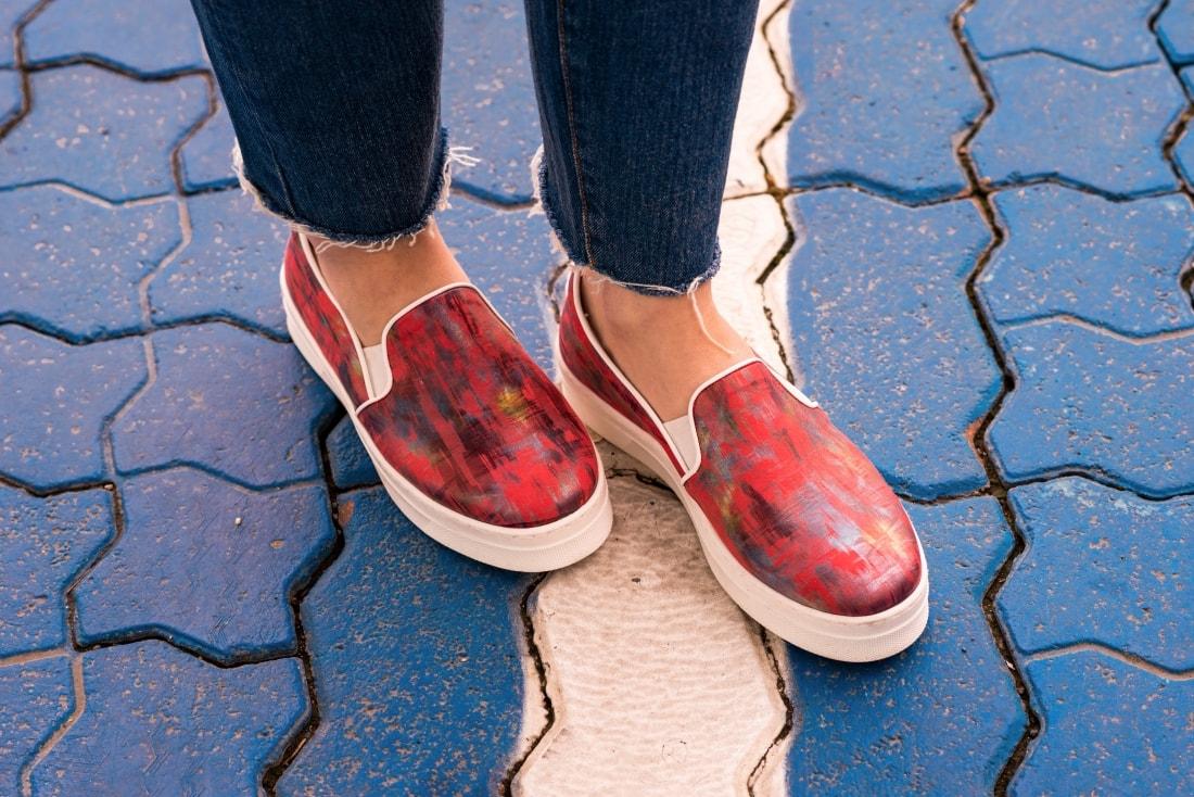 Kabelka NOIRE (29777)_Katharine-fashion is beautiful_Blog 7_Čierna kabelka Noire_Kožená bunda Mango_Džínsy Levis_Katarína Jakubčová_Fashion blogger