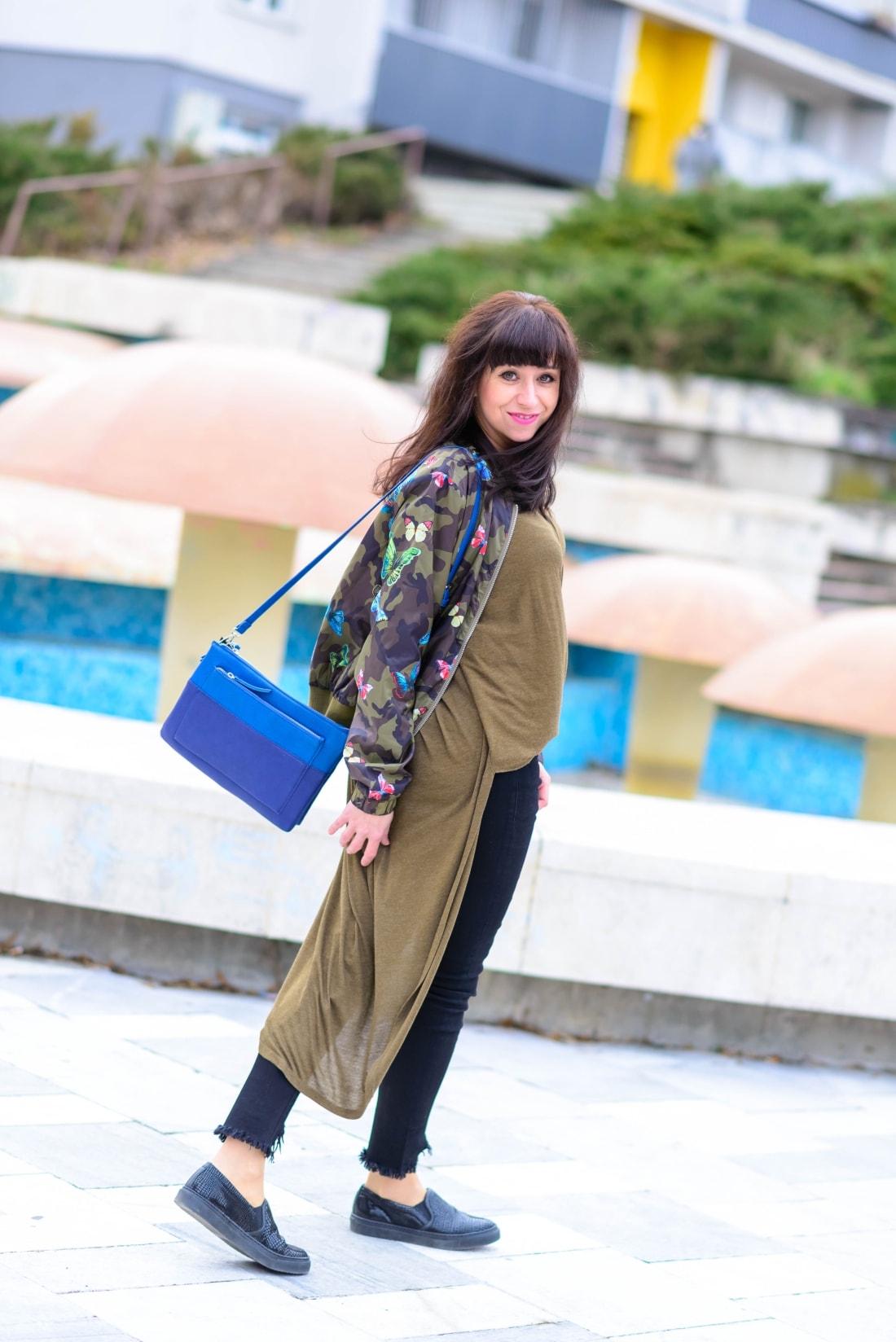 Bomberka s potlačou_Katharine-fashion is beautiful_blog 9_Čierne džínsy_Slipony_Bonprix_Katarína Jakubčová_Fashion blogger