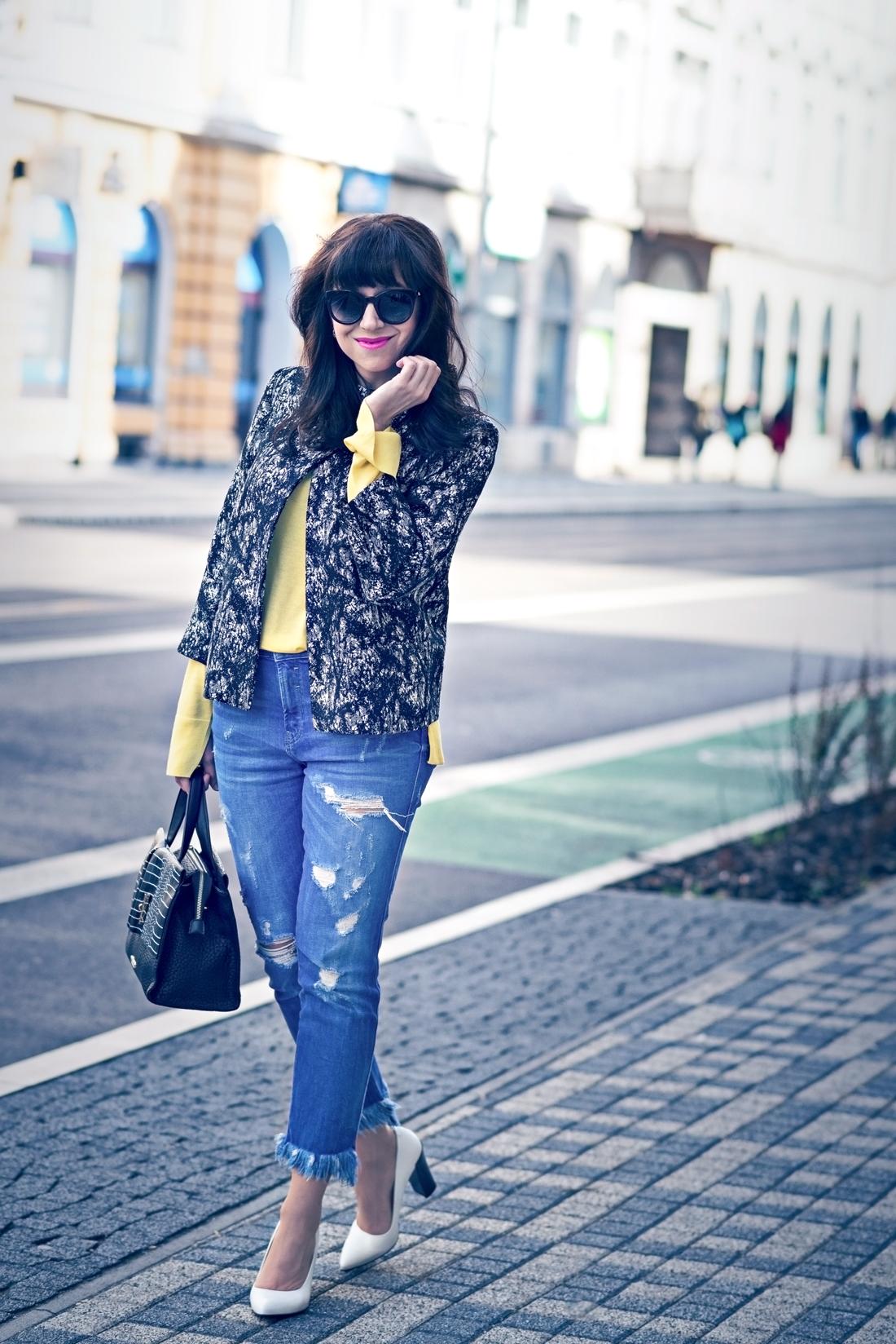 Podľa čoho spoznáte nákupnú maniačku_Katharine-fashion is beautiful_Blog 6_Tuliphousehotel_Džínsy Zara_Biele lodičky Kati_Okuliare Misteroptic_Katarína Jakubčová_Fashion blogger