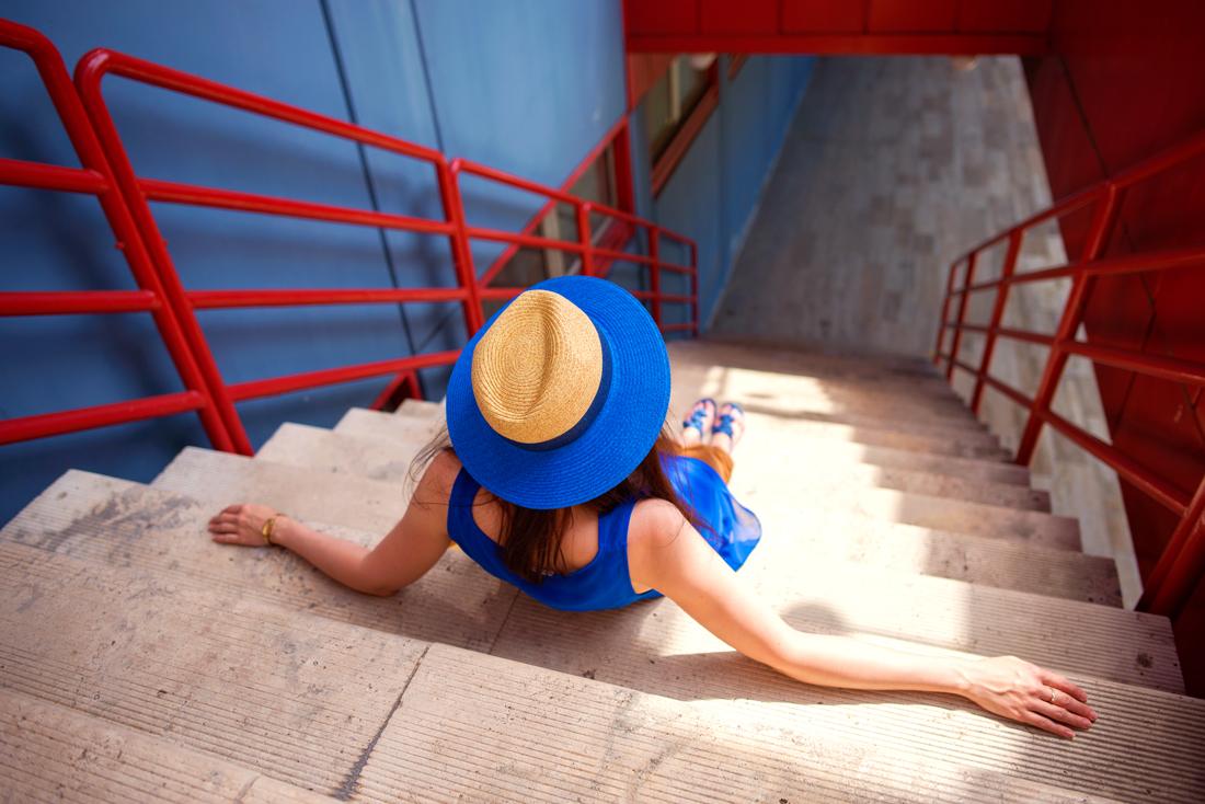 INŠPIRÁCIA NA JAR/LETO 2018 ALEBO AKO NOSIŤ KLOBÚK_Katharine-fashion is beautiful_Blog 2_Slamený klobúk Parfois_Slamená listová kabelka_OOTD_Katarína Jakubčová_Fashion blogger