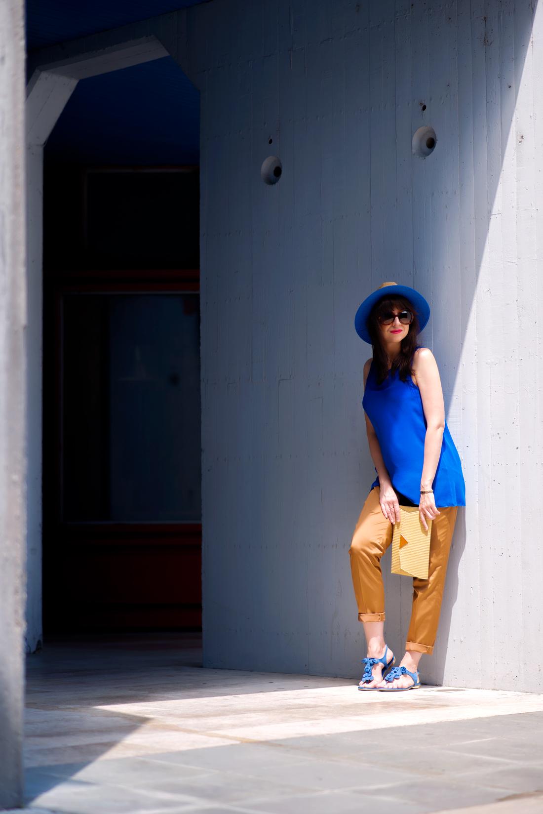INŠPIRÁCIA NA JAR/LETO 2018 ALEBO AKO NOSIŤ KLOBÚK_Katharine-fashion is beautiful_Blog 3_Slamený klobúk Parfois_Slamená listová kabelka_OOTD_Katarína Jakubčová_Fashion blogger