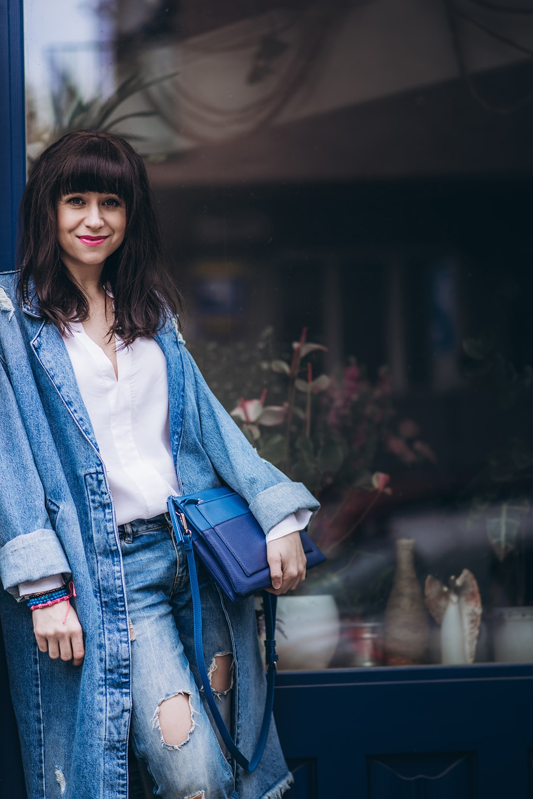 PREČO SI ZAMILOVAŤ DENIMOVÝ OVERSIZE KABÁT_Katharine-fashion is beautiful_blog 12_Kabát a džínsy Zara_Kabelka Parfois_Katarína Jakubčová_Fashion blogerka