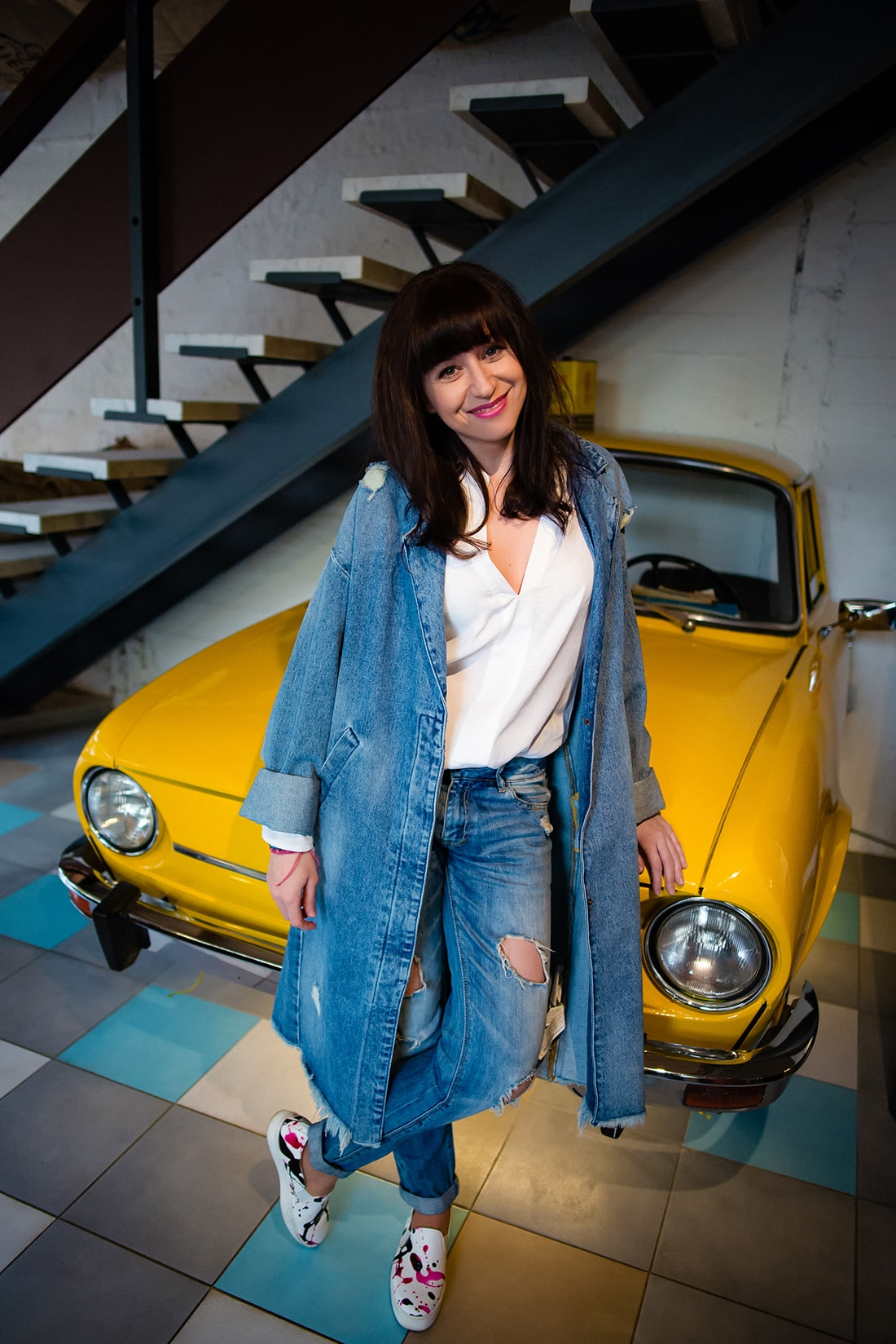 PREČO SI ZAMILOVAŤ DENIMOVÝ OVERSIZE KABÁT_Katharine-fashion is beautiful_blog 14_kabát a džinsy Zara_Kabelka Parfois_Katarína Jakubčová_Fashion blogerka