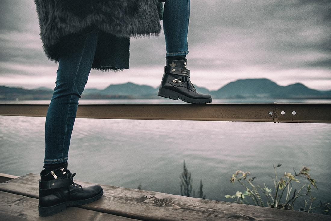 1 VEC, KTORÚ URČITE MUSÍTE MAŤ ZO ZIMNÉHO VÝPREDAJA_Katharine-fashion is beautiful_blog 4_Kožušinová bunda_Kabelka Nucelle od JEJ_Katarína Jakubčová_Fashion blogerka