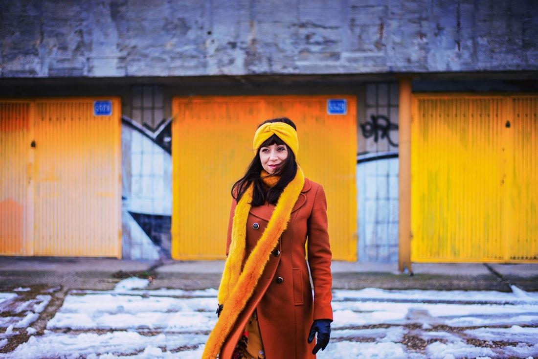 NEUVERÍTE, VĎAKA KTORÉMU KÚSKU DOKÁŽETE BYŤ ŽENSKEJŠIA_Katharine-fashion is beautiful_blog 1_Šifónové kvetované šaty_Katarína Jakubčová_Fashion blogerka