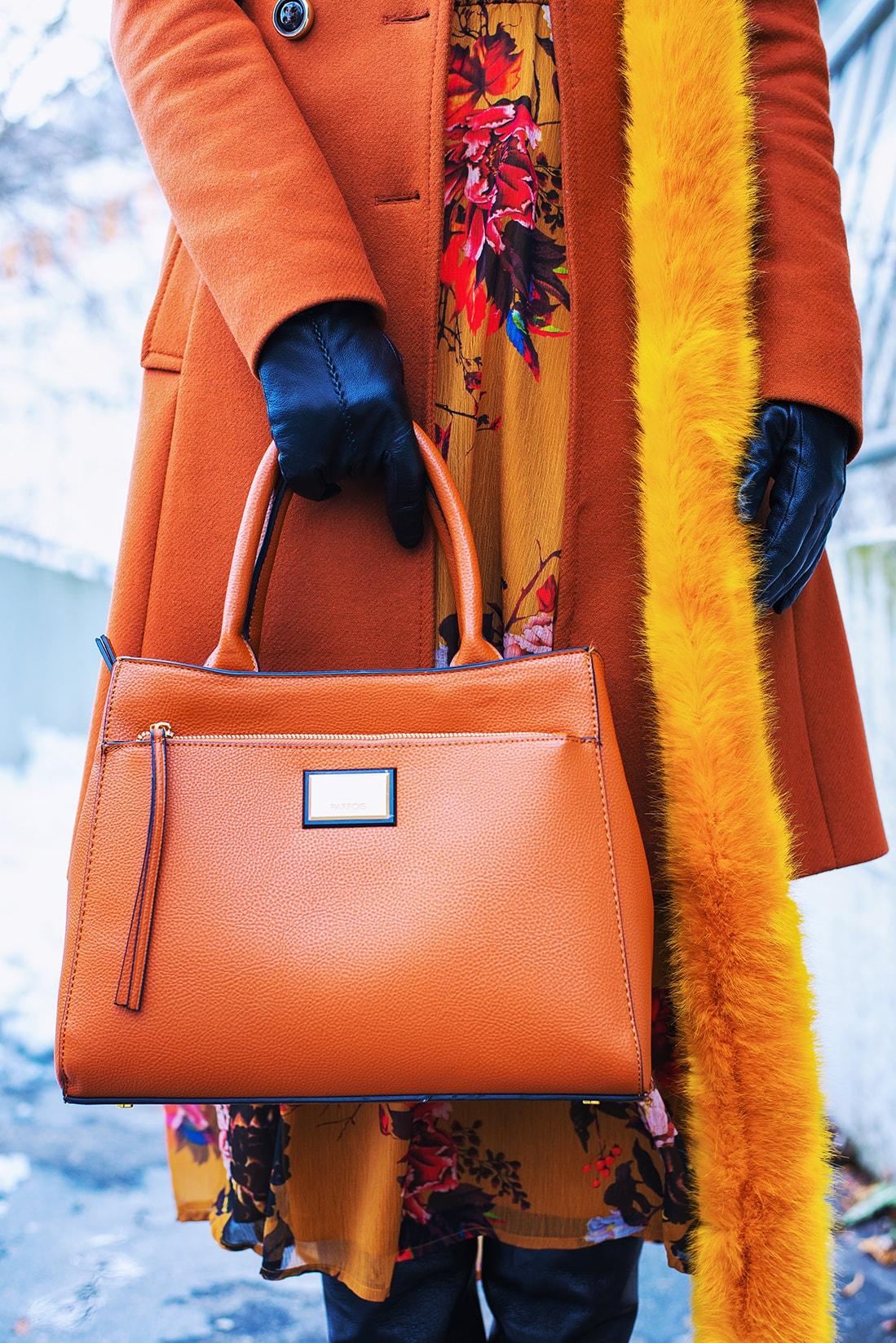 NEUVERÍTE, VĎAKA KTORÉMU KÚSKU DOKÁŽETE BYŤ ŽENSKEJŠIA_Katharine-fashion is beautiful_blog 13_Šifónové kvetované šaty_Katarína Jakubčová_Fashion blogerka