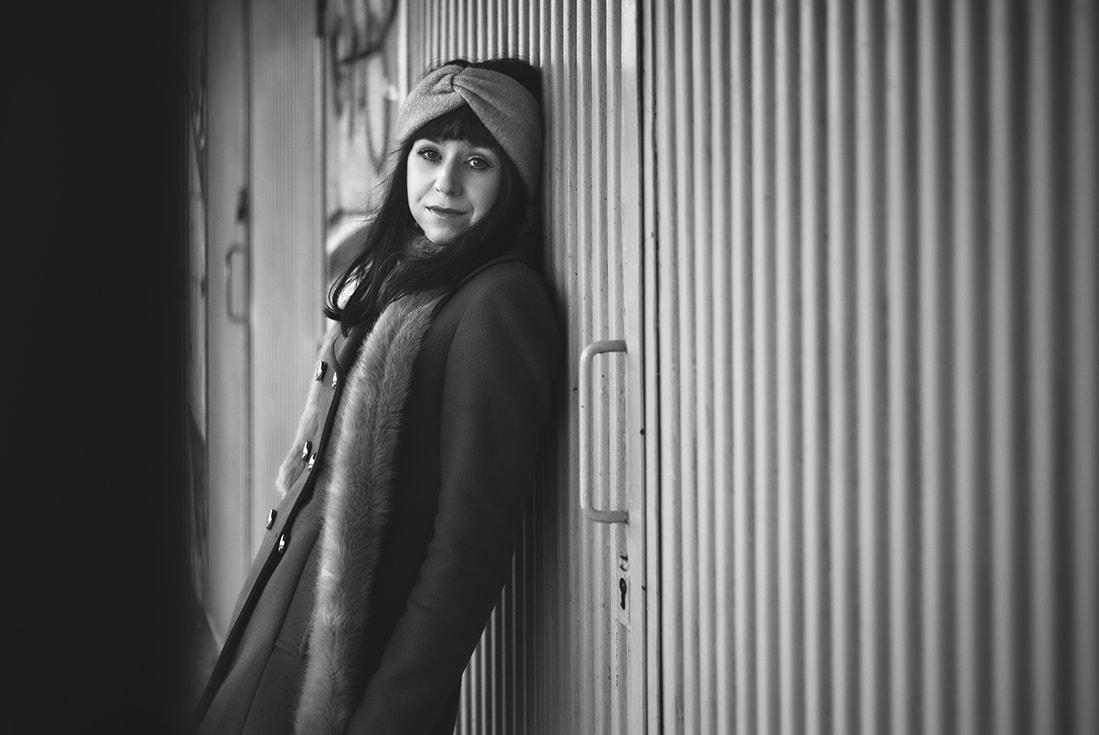 NEUVERÍTE, VĎAKA KTORÉMU KÚSKU DOKÁŽETE BYŤ ŽENSKEJŠIA_Katharine-fashion is beautiful_blog 3_Šifónové kvetované šaty_Katarína Jakubčová_Fashion blogerka