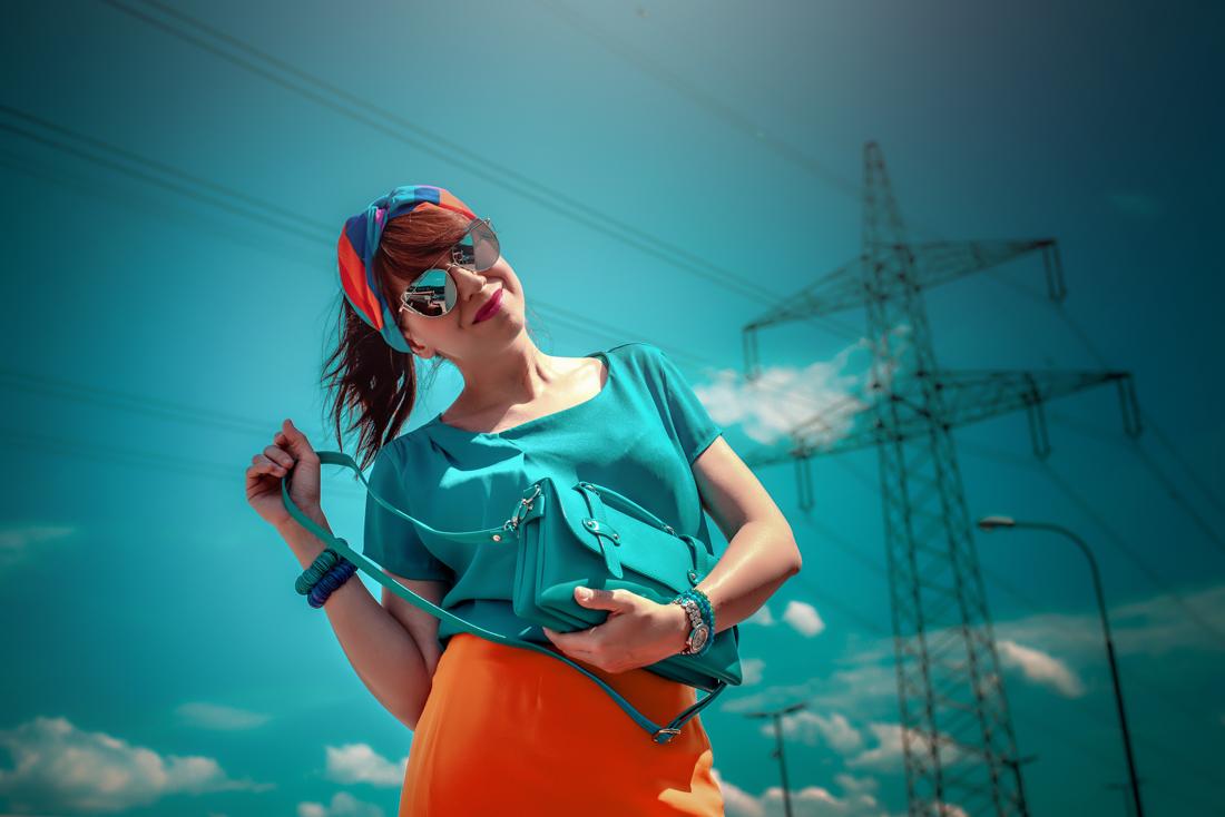 1 TOP DOPLNOK, KTORÝ VÁS DOSTANE_Katharine-fashion is beautiful_blog 6_Látková čelenka_Oranžová sukňa_Katarína Jakubčová_Fashion blogerka