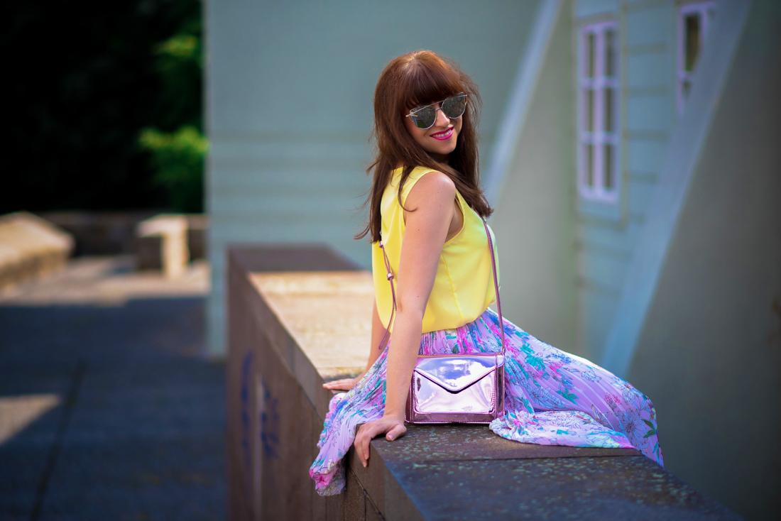 SUKŇA, KTORÁ VÁM VYRAZÍ DYCH_Katharine-fashion is beautiful_blog 6_Kvetinová plisovaná sukňa_Pastelové farby_Kabelka od Answear_Katarína Jakubčová_Fashion blogerka