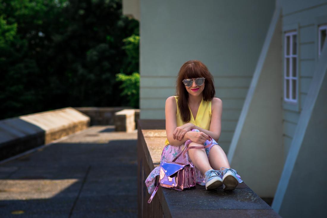SUKŇA, KTORÁ VÁM VYRAZÍ DYCH_Katharine-fashion is beautiful_blog 7_Kvetinová plisovaná sukňa_Pastelové farby_Kabelka od Answear_Katarína Jakubčová_Fashion blogerka