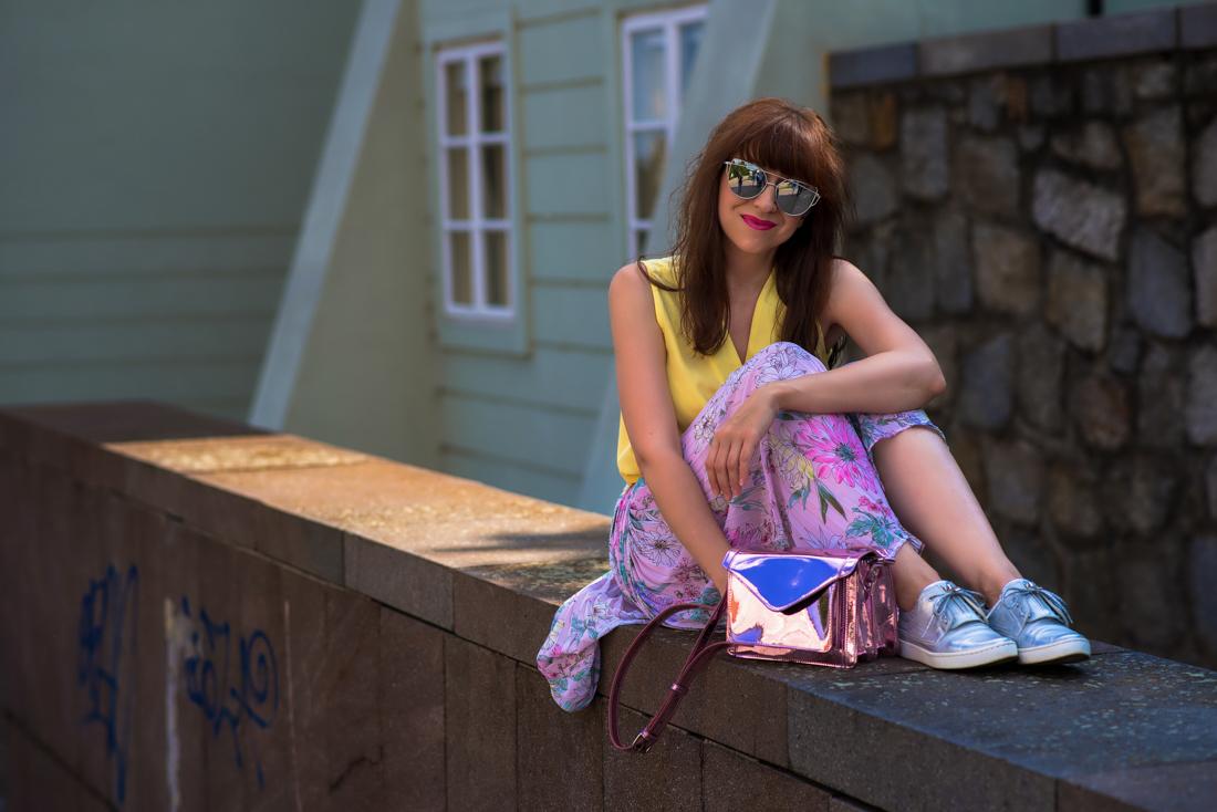 SUKŇA, KTORÁ VÁM VYRAZÍ DYCH_Katharine-fashion is beautiful_blog 9_Kvetinová plisovaná sukňa_Pastelové farby_Kabelka od Answear_Katarína Jakubčová_Fashion blogerka