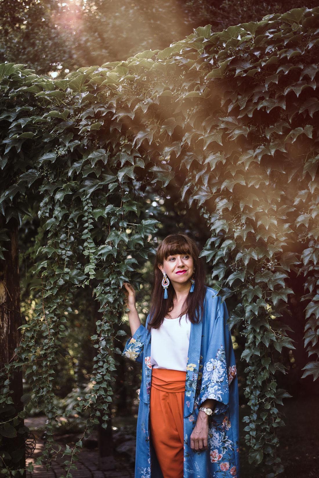 NOVÝ BYT, NOVÉ MOŽNOSTI_Katharine-fashion is beautiful_blog 1_Náušnice Bazu_Kvetinové kimono ZARA_Katarína Jakubčová_fashion blogerka