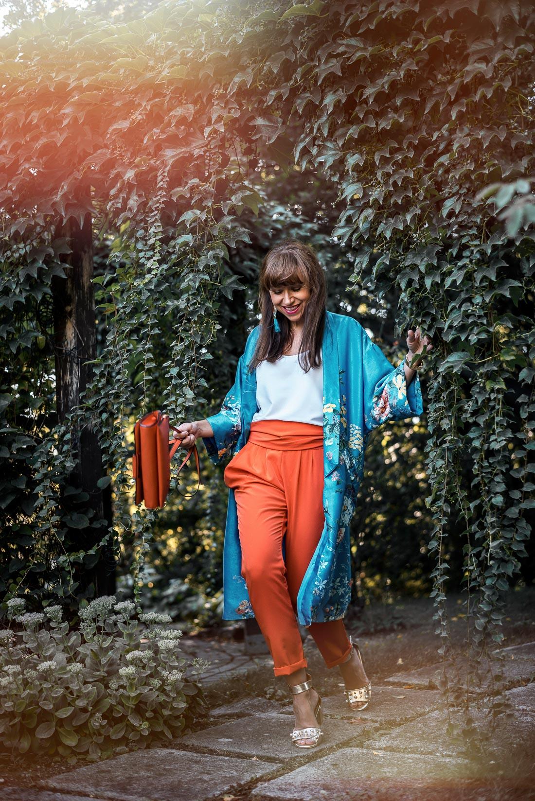 NOVÝ BYT, NOVÉ MOŽNOSTI_Katharine-fashion is beautiful_blog 2_Náušnice Bazu_Kvetinové kimono ZARA_Katarína Jakubčová_fashion blogerka